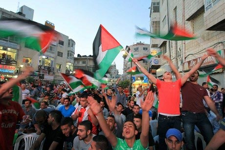 Palestine-Celebrates-First-Football-Trophy