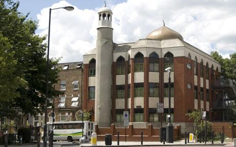 London-Mosque-Receives-Death-Threats